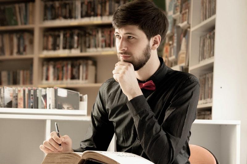 社会人に読書が必要な理由